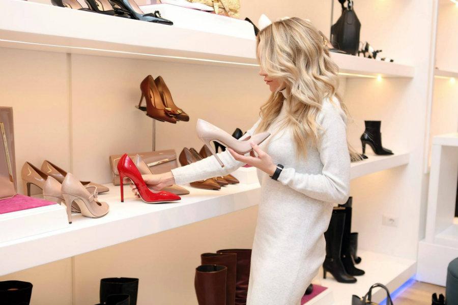 Esküvői cipő kiválasztása – árak, tippek, tanácsok!