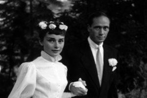 Audrey Hepburn menyasszonyi ruhája