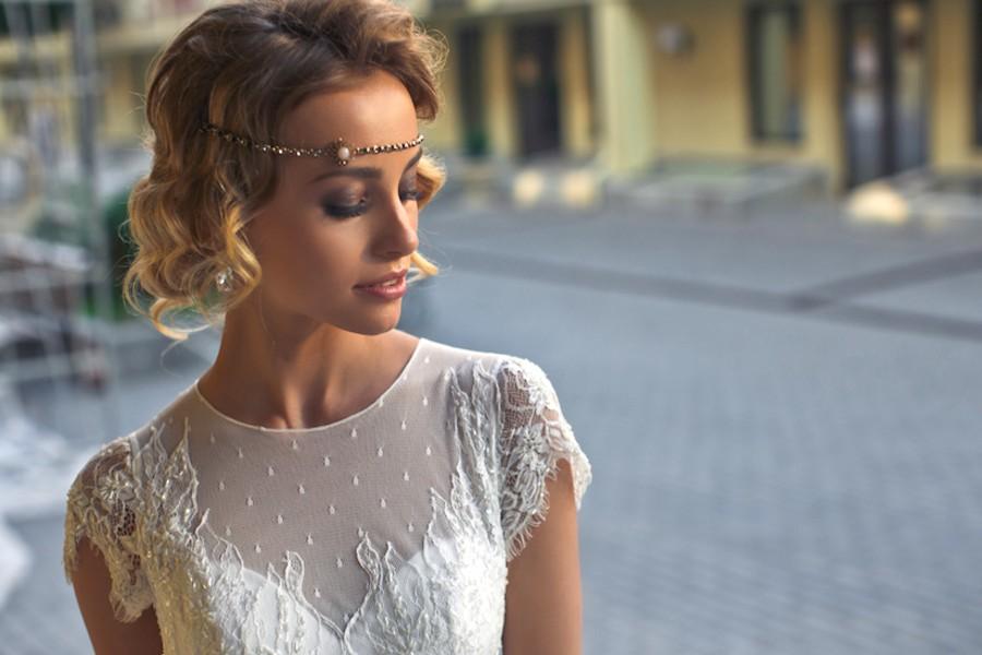 Esküvői haj félhosszú hajból - Ötletek!